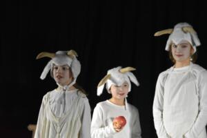 kinderbuehne wettingen kurs6 die sieben geisslein 04  31.03.2019