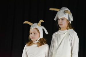 kinderbuehne wettingen kurs6 die sieben geisslein 28  31.03.2019