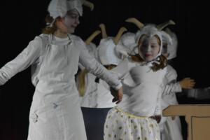 kinderbuehne wettingen kurs6 die sieben geisslein 30  31.03.2019