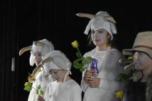 kinderbuehne wettingen kurs6 die sieben geisslein 44  31.03.2019